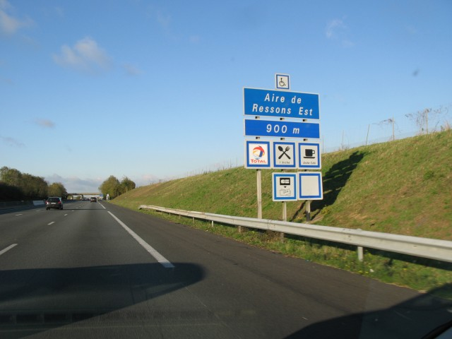 Relais Total De Ressons